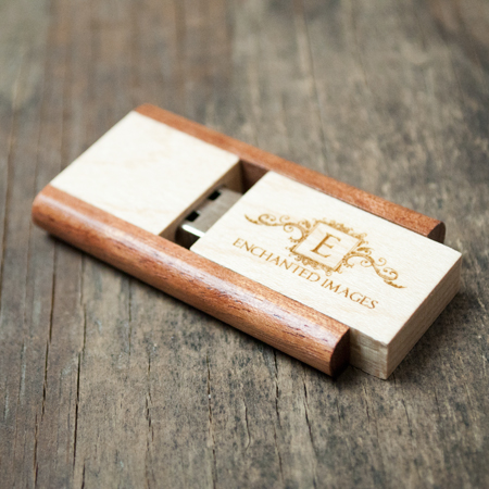 8 GB TWO TONE WOOD 2.0. FLASH DRIVES