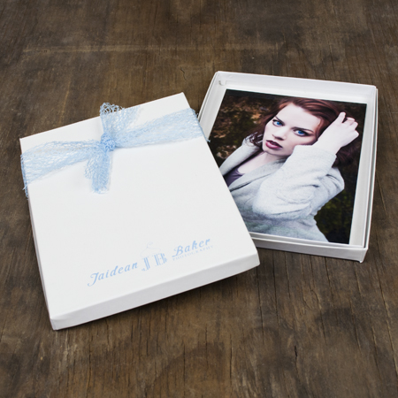 "5x7x1/2"" Glossy White Box - Mini case of 25"