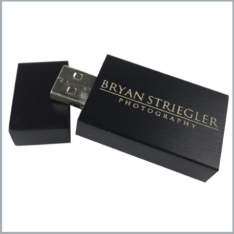 SOLID BLACK SQUARE FLASH DRIVE
