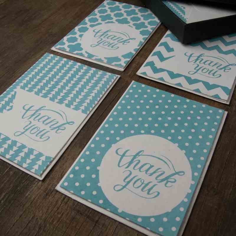 THANK YOU CARDS ( Box + 8 Cards with Envelopes ) - AQUA PACK
