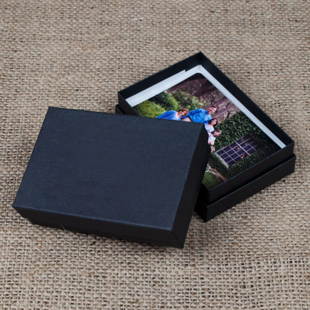 "2.5 x 3.75 x 1"" Black Kraft Box mini case of 25"