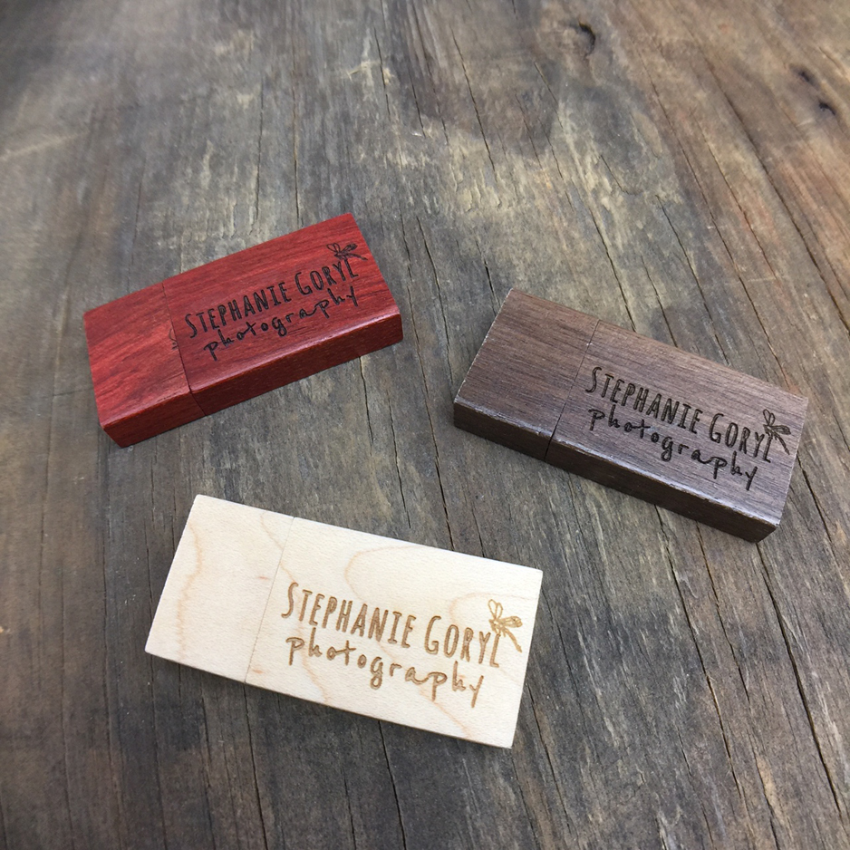 WOOD SQUARE USB FLASH DRIVES